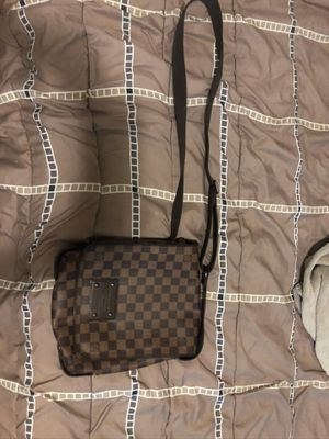 Louis Vuitton Bag for Sale in Fontana, CA