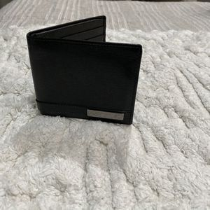 Gucci Wallet (Black Leather) for Sale in Costa Mesa, CA