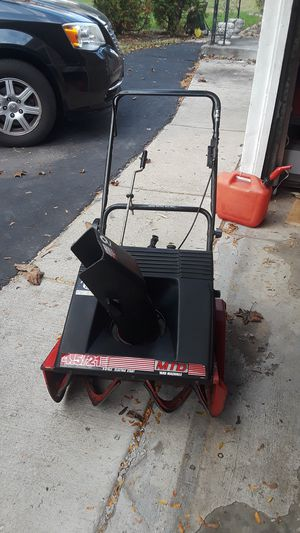 MTD Yard Machine 4.5/21 snow blower for Sale in Itasca, IL