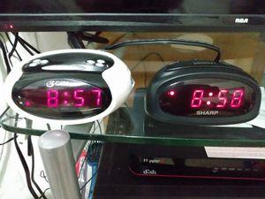 Radio & alarm clock for Sale in Miami, FL