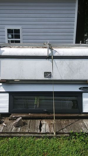 6ft camper shells leonard and a.r.e for Sale in Portsmouth, VA
