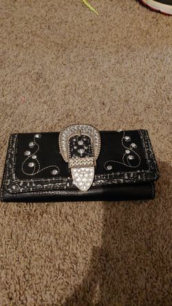 Black leather wallet with sparkles for Sale in Prattville,  AL