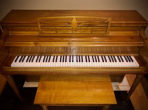 $590 OBO - Grinnell Bros. Piano + Bench (Tuned & Beautiful Finish!) for Sale in White Lake charter Township, MI