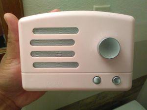 Bluetooth speaker works for Sale in Riverside, CA