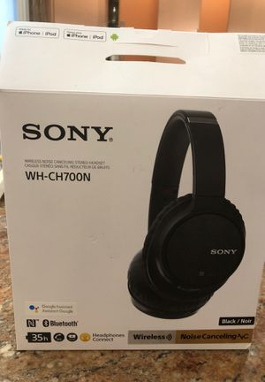 Sony noise cancellation headphones for Sale in Brooklyn, NY