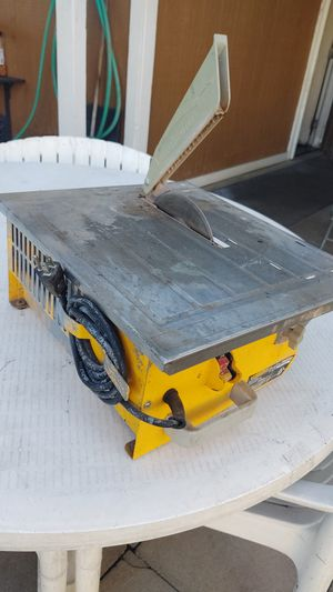 Tile Saw like new for Sale in Modesto, CA