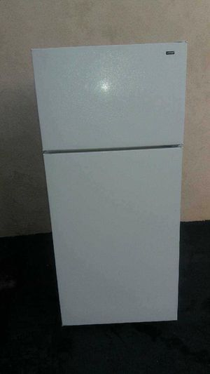 Hotpoint fridge for Sale in Fountain Valley, CA