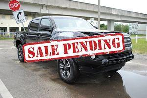 2019 Toyota Tacoma 2WD for Sale in Miami, FL