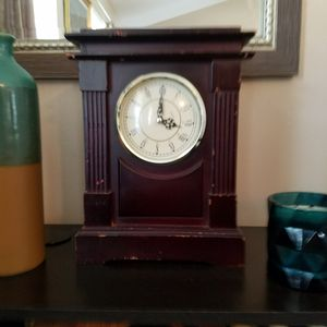Wooden antique clock for Sale in Powder Springs, GA