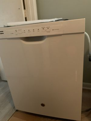 Dishwasher for Sale in Pompano Beach, FL