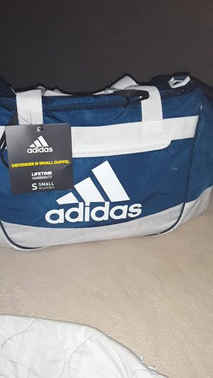 Brand new ADDIDAS duffle bag for Sale in Long Beach, CA