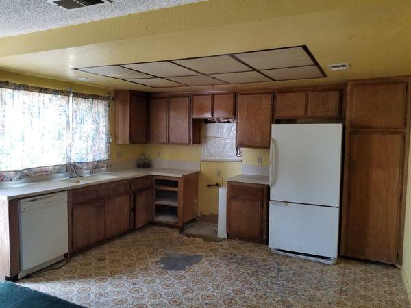 Free Kitchen Cabinets (you must remove) Rialto CA