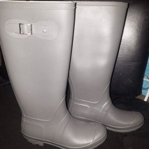 Tall rubber boots for Sale in Munhall, PA