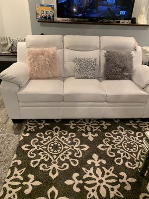 Sofa and love seat for sale $700 for Sale in Renton, WA