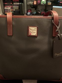 Dooney And Bourke Purse for Sale in Pittsburgh,  PA