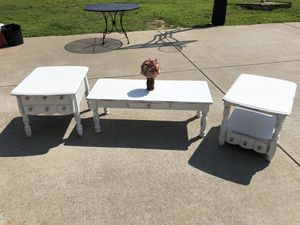Farm style Coffee/End Table Set for Sale in Eagleville, TN