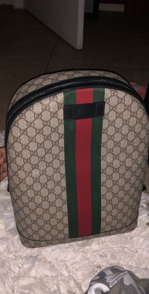 Gucci bag pack (authentic) will meet at the Gucci store for Sale in Houston, TX