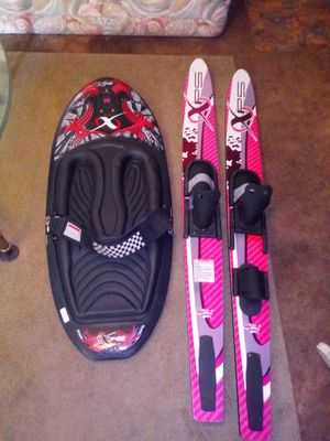 Xps kneeboard and skis for Sale in Fort Walton Beach, FL