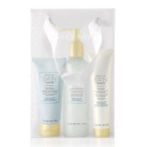 Mary Kay Unscented Satin Hands Set for Sale in Selma, AL