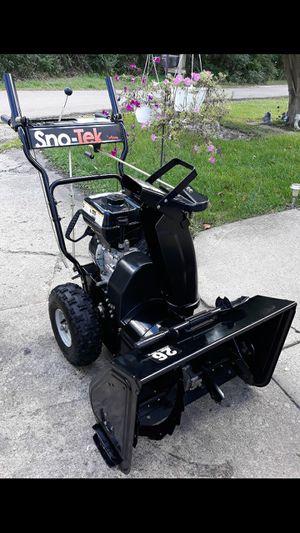 """Ariens Sno-Tek 26"""" Inch 2-Stage Snowblower W/Recoil Start 208cc Engine for Sale in Aurora, IL"""