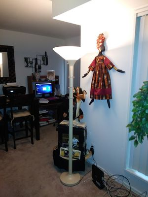 Floor lamp glass top for Sale in Rockville, MD