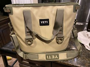 Yeti Hopper 30 Like New for Sale in Hampton Township, PA
