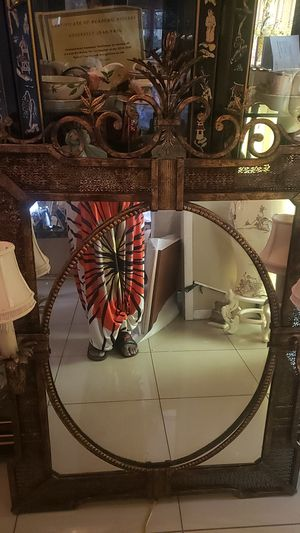 Beautiful antiques mirror for Sale in Ocoee, FL