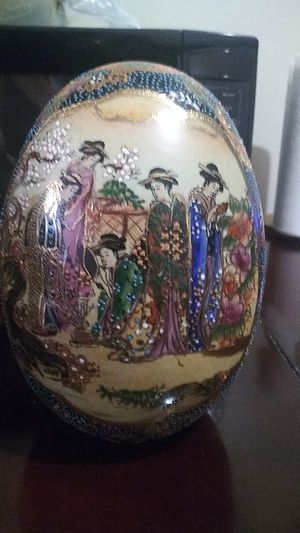 Antique Japanese Large Hand Painting Porcelain Egg for Sale in Moreno Valley, CA