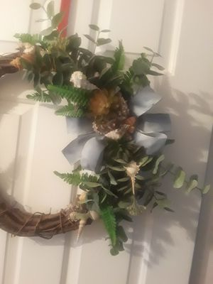 Seashell grapevine wreath for Sale in Tulare, CA