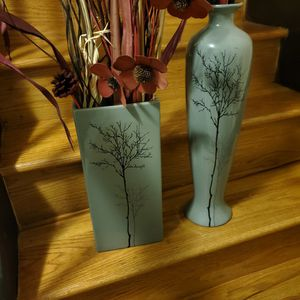 Two Gray Vase With Flowers for Sale in St. Louis, MO
