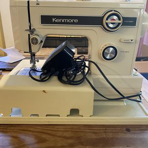 Kenmore 148 Sewing Machine for Sale in Fairfield, CA