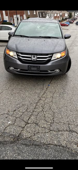 2014 Honda Odyssey touring with rear television for Sale in Silver Spring, MD