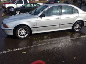 1998 Bmw 528 I , Runs and Drive , Automatic,5-Speed, Tags Good in till 2021 for Sale in Portland, OR