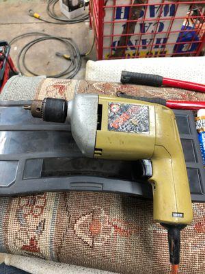 Black and decker 3/8 drill for Sale in Glen Ellyn, IL