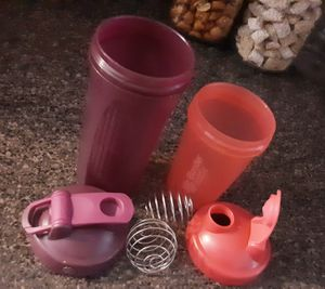 2 Blender Bottles w Metal Mixers! for Sale in Livonia, MI