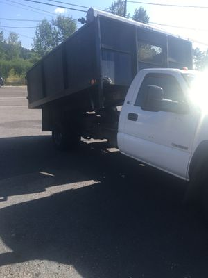 2005 Chevy Silverado 3500 with Dump Bed for Sale in Portland, OR