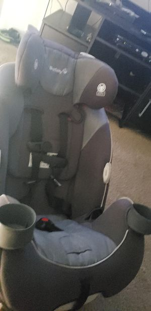 SAFETY child car seat fairly new for Sale in Riverside, CA