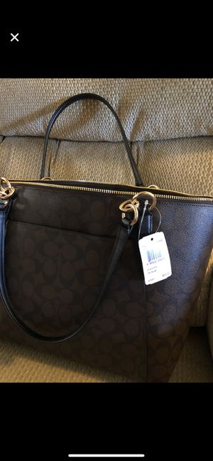 100% Brand new Original Coach handbag with tags for Sale in North Bethesda, MD