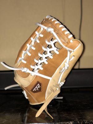 Baseball / Softball Gloves for Sale in Las Vegas, NV
