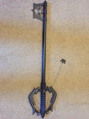 Kingdom Hearts: Metal Oblivion Keyblade with wallet, shirts, and KH2! for Sale in Issaquah, WA