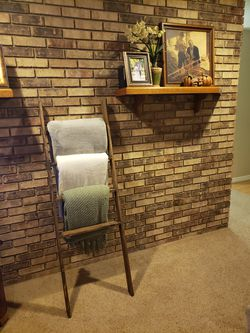 Handcrafted Rustic Farmhouse Blanket Ladder for Sale in Tavares,  FL