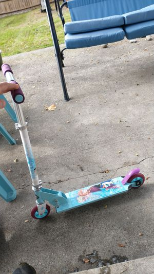 Huffy frozen scooter for Sale in Tacoma, WA