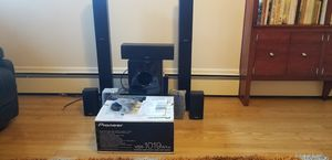 Pioneer VSX-1019AH-K Audio/Video receiver + Onkyo SKS-HT870 7.1ch Home Theater Sound System. for Sale in Dearborn, MI