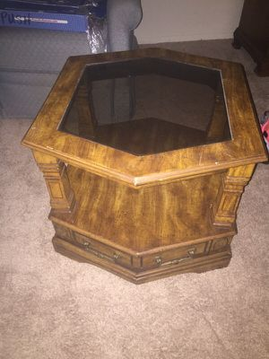 Wooden coffee table for Sale in Cleveland, OH