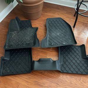 Jeep Renegade All weather floor mats for Sale in Hope Mills, NC
