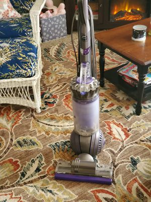 Dyson ball animal 2 vacuum for Sale in Portland, OR