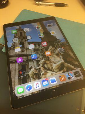 """Ipad Pro 10.5"""" 256Gb for Sale in Miami, FL"""