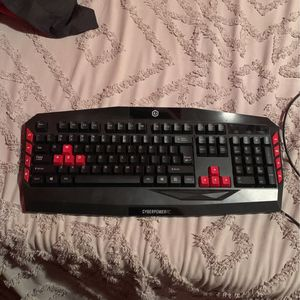 Gaming Keyboard for Sale in Phoenix, AZ
