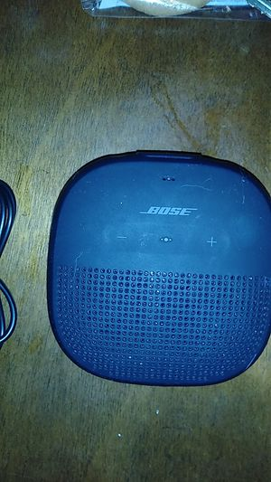 Bose bluetooth speaker for Sale in Hayward, CA