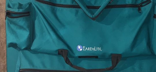 Profesional EarthLite Massage Table for Sale in Battle Ground,  WA